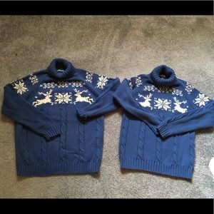 HOLIDAY MOTHER/DAUGHTER MATCHING SWEATERS XL & SM